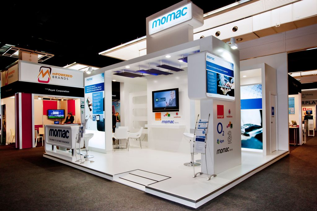 Top pros of hiring exhibition stand makers