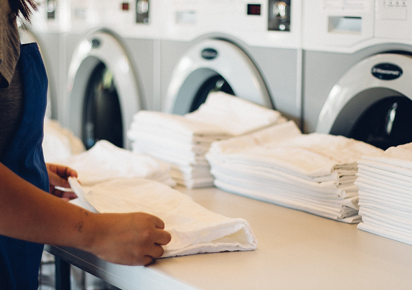Reasons to hire the best laundry service